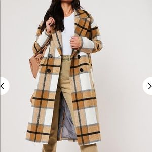 Missguided woman's long coat size US0